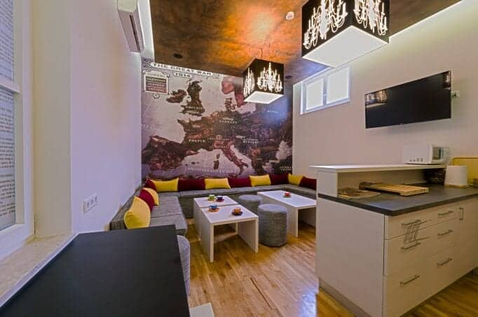 Best hostels in europe a complete list for Hostel design