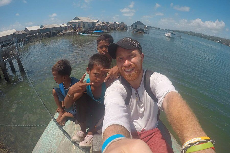 backpacking-indonesia-kids