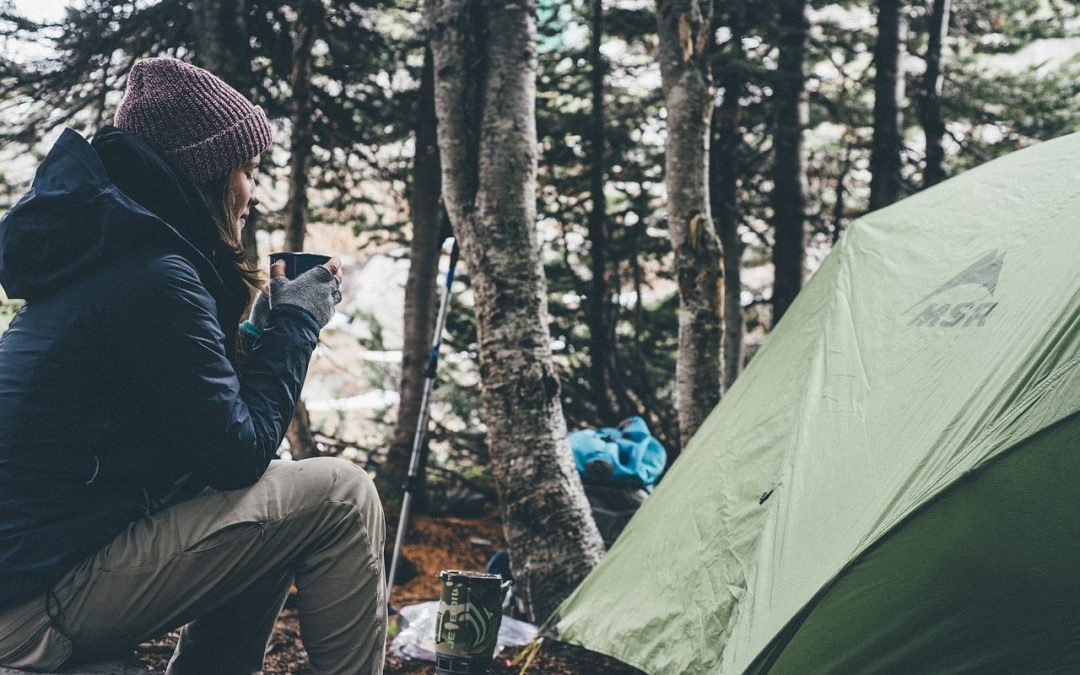 9 BACKPACKING DOS AND DON'TS FOR BEGINNERS